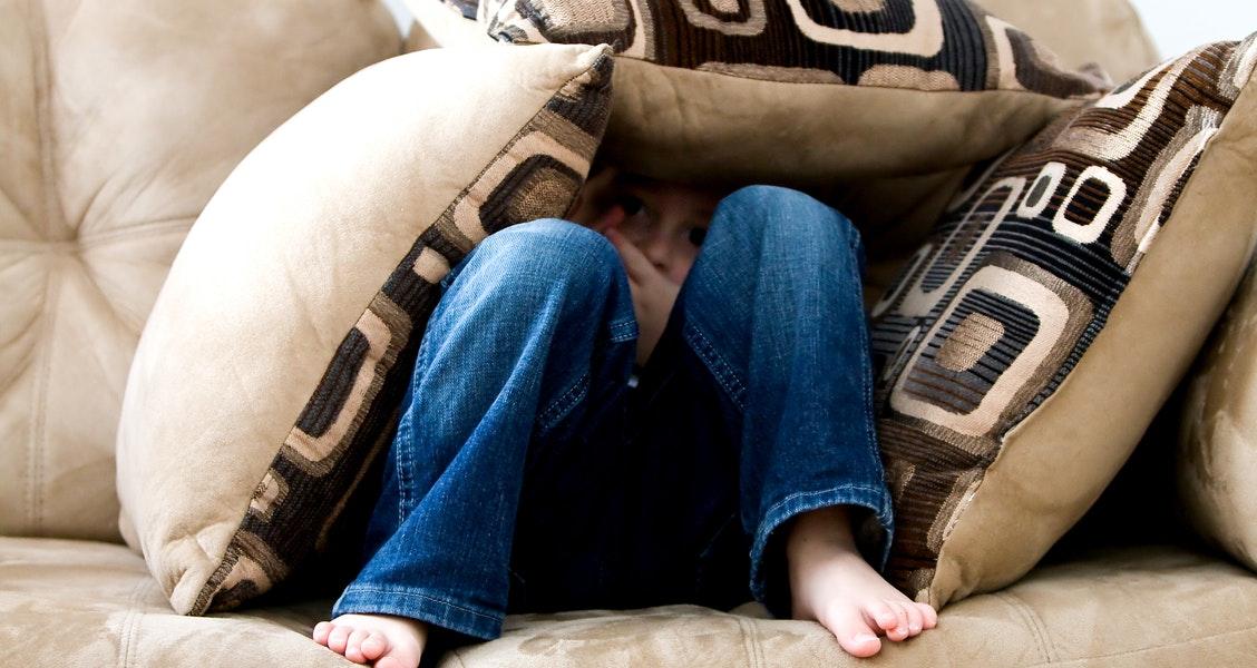 http://socialpaedagogen.sl.dk/pexels.com_hidden_child_B.jpg